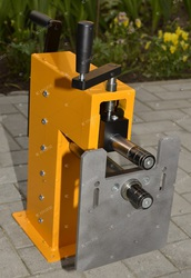 Зиг-машина для покрівельної бляхи в наявності